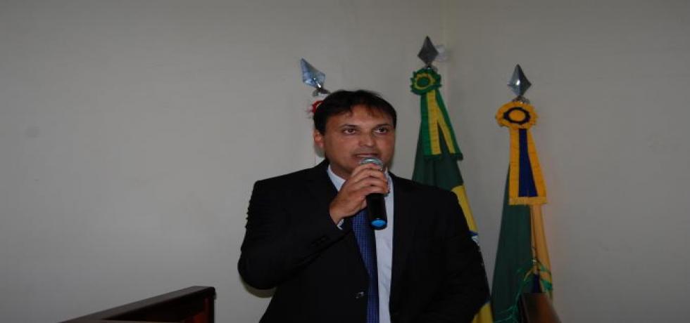 Vereador Juninho anuncia recursos para Santa Casa