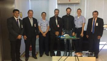 Vereadores com autoridades da FAB - Força Aérea Brasiliera